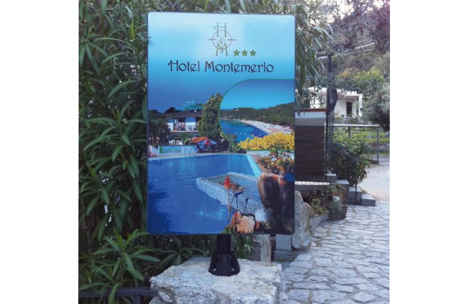 insegna_stradale_hotel_montemerlo_ew_lavori