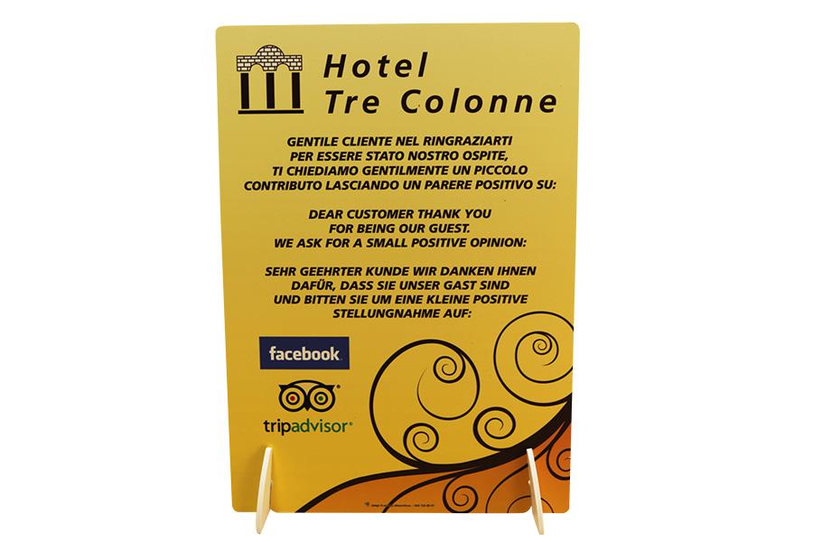 espositore_da_banco_hotel_tre_colonne_ew_lavori_IMG_9042